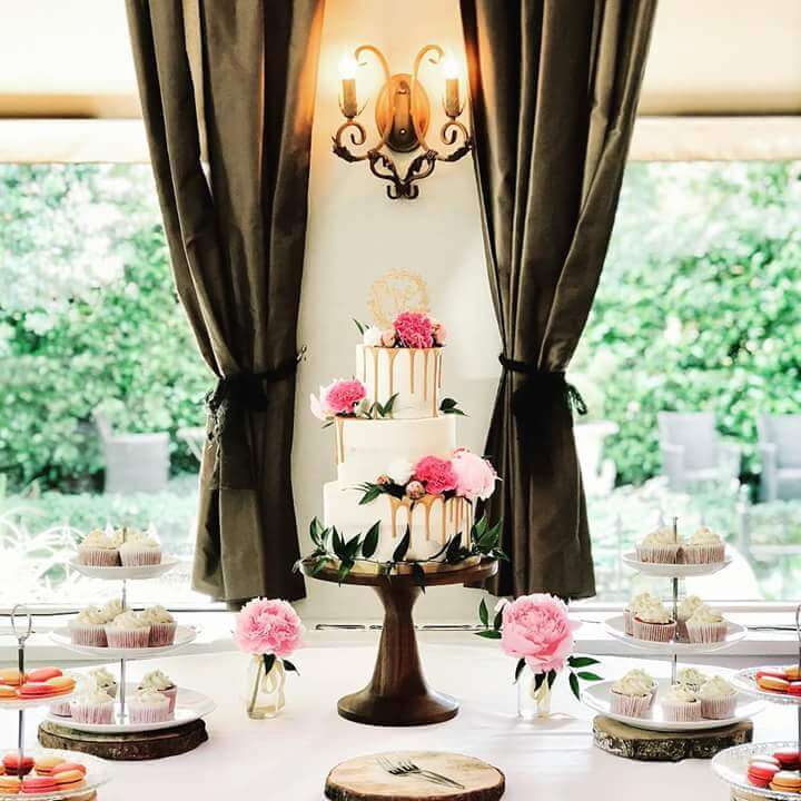 Floral Sweet Table Wedding Bruiloft
