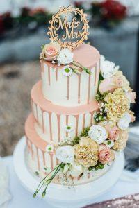 Soft pink Creme Wedding Cake