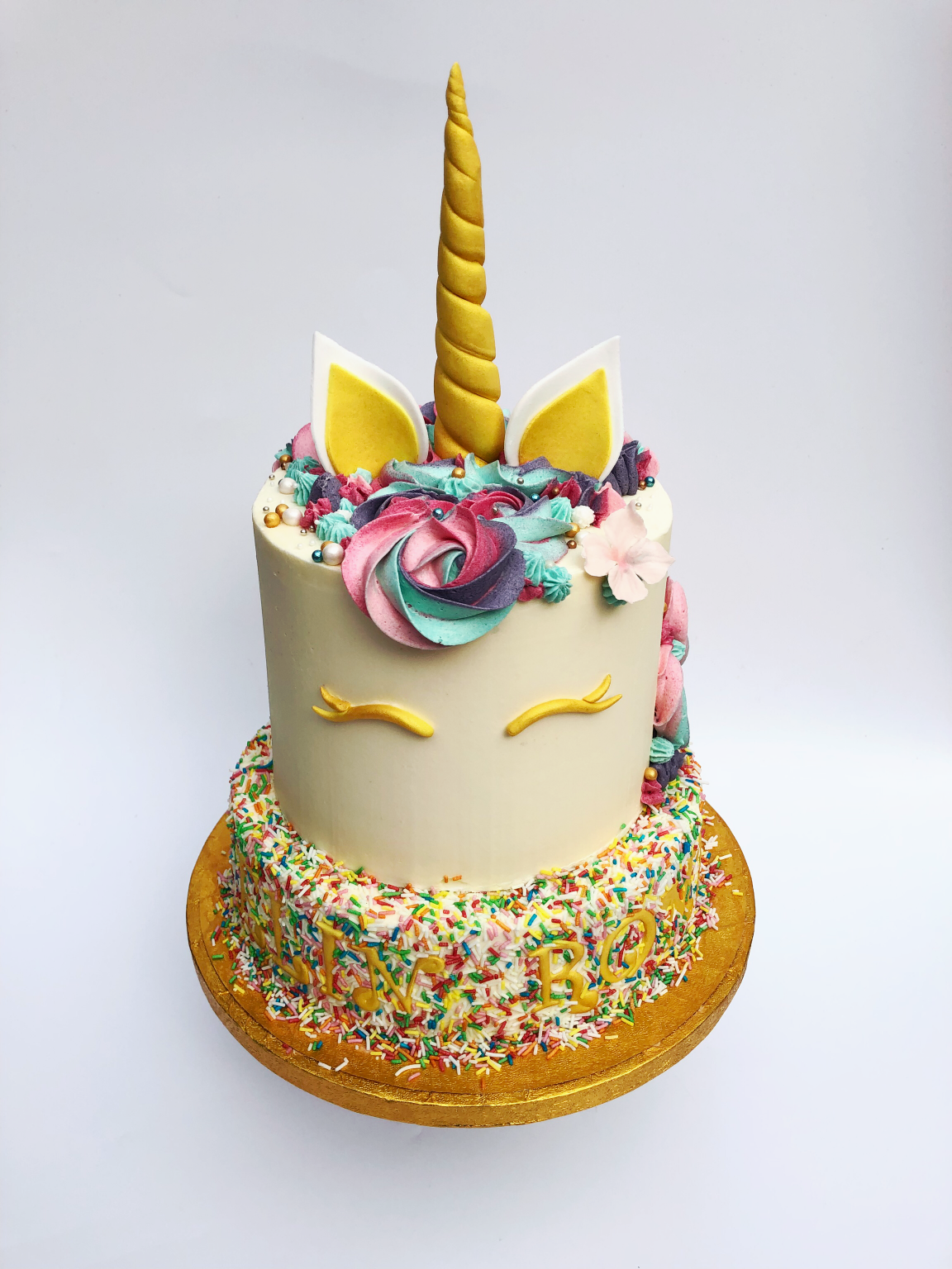 Verjaardag Eenhoorn Unicorn Taart confetti feestelijk